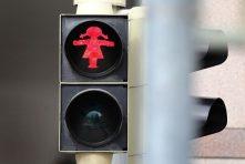 Pedestrian Signals, Pedestrian Thinking