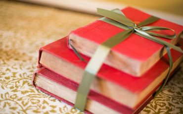 What Books You Should Buy For Christmas
